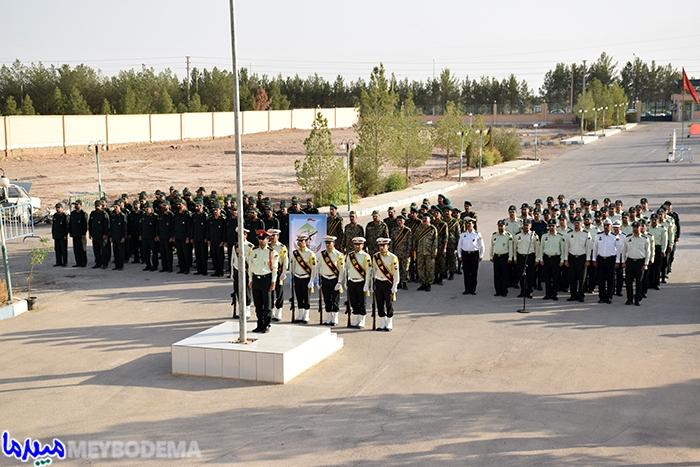 گزارش تصویری از صبحگاه مشترک نیروهای مسلح میبد به مناسبت آغاز هفته نیروی انتظامی