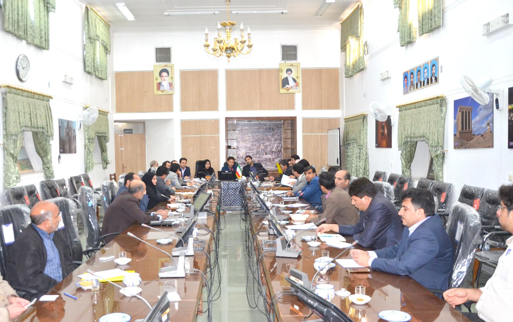 جلسه کارگروه اشتغال و سرمایهگذاری میبد برگزار شد