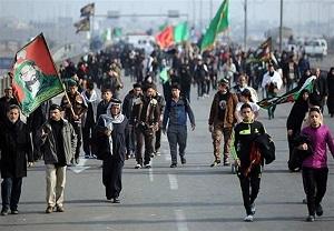 حضور چشمگیر طلاب یزدی در راهپیمایی اربعین