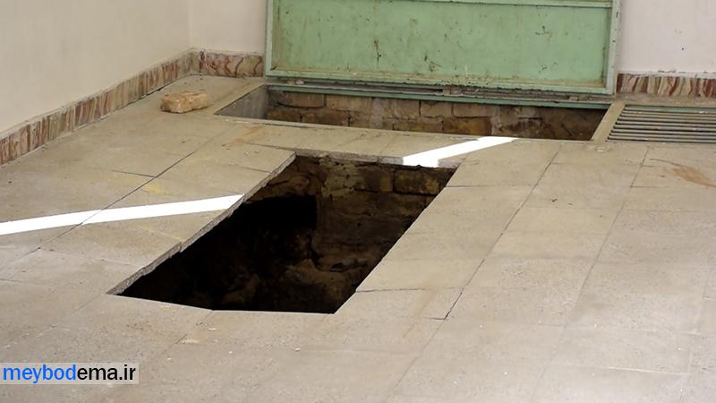 چهار ماه، دو خانه! / آسیب جدی به منزل مسکونی در میبد به علت فرسودگی انشعاب آب! + تصاویر