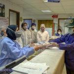 تقدیر از پیشگامان مبارزه با بیماری کرونا در بیمارستان امام صادق(ع) + تصاویر