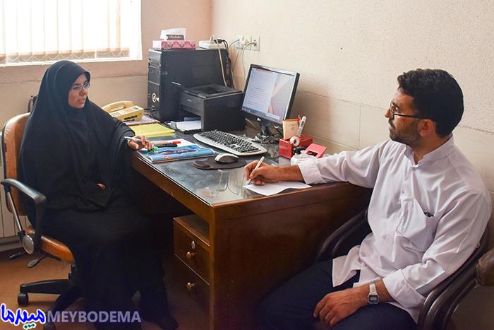 گفتگوی خواندنی با دانشجوی غیر بومی دانشکده علوم قرآنی که آخرین روزهای تحصیل در میبد را پشت سر می گذارد