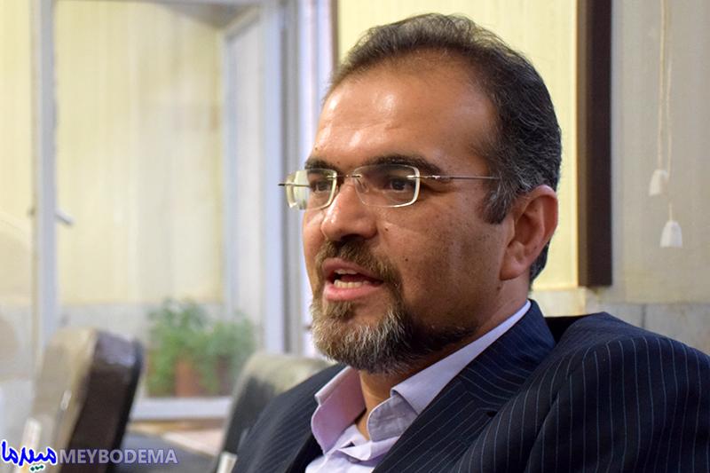 """با انتخاب شورای شهر، """"علی رضا نقوی"""" به ساختمان شهرداری میبد می رود"""