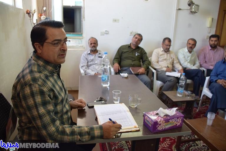 """رئیس اداره """"صمت"""" میبد با برخی از فعالین جبهه فرهنگی دیدار کرد/ تصاویر"""