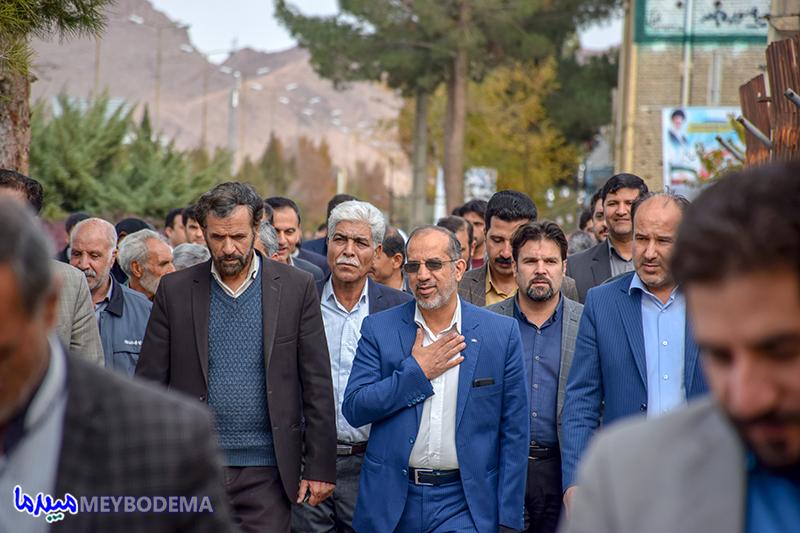 چرا دکتر میرمحمدی اصلح است؟