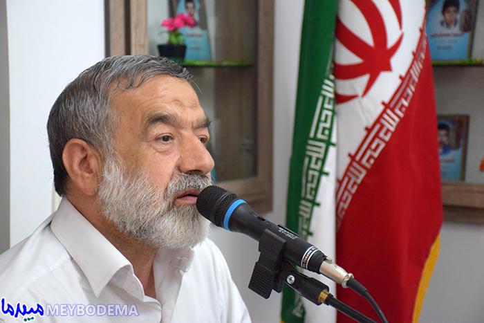 """گزارش تصویری از دیدار فعالین فرهنگی میبد با """"کامران غضنفری"""" نویسنده کتاب راز قطعنامه"""