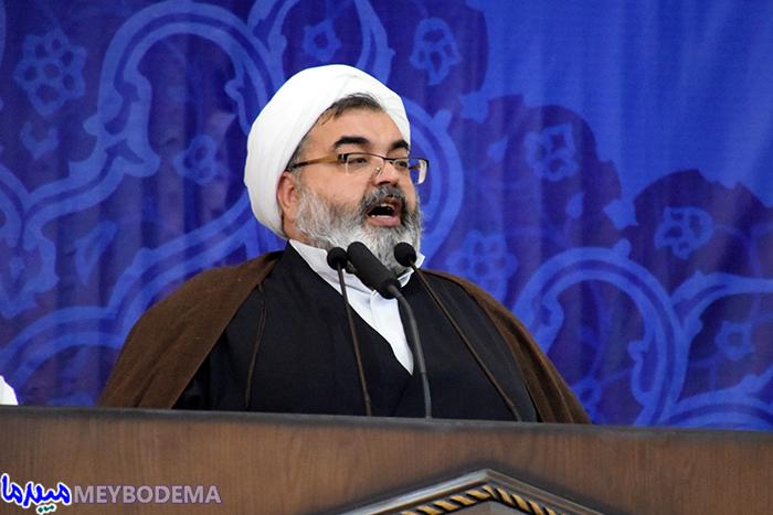نمایندگان، آینه تمام نمای ملت رشید و سرافراز ایران اسلامی باشند | گزارش تصویری از نماز جمعه