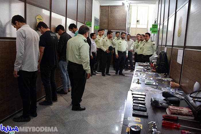 عکس/ دستگیری سارقین در حرکت و سابقهدار توسط نیروی انتظامی شهرستان میبد