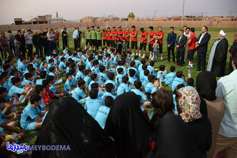 گزارش تصویری از اختتامیه سومین دوره طرح تابستانه باشگاه فوتبال مهربد میبد