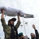تدفین پیکر شهدای گمنام در پارک بهاران میبد به روایت تصاویر میبدما