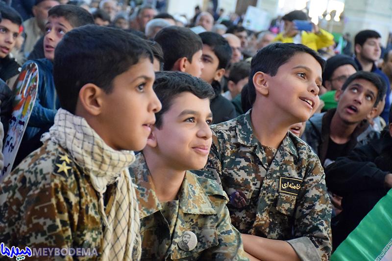 گزارش تصویری از راهپیمایی ۲۲ بهمن در میبد / بخش دوم