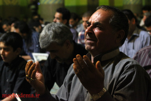 مراسم احیاء شب ۲۳ ماه مبارک رمضان در بارجین+تصاویر