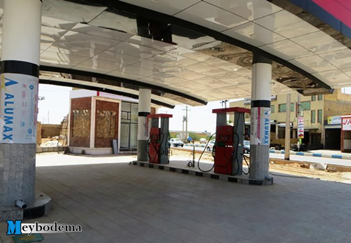 مسئول جایگاه سوخت بفروئیه: امروز اولین تخلیه بنزین را انجام می دهیم/ پمپ بنزین بفروئیه در روزهای اینده و در دهه فجر افتتاح می شود