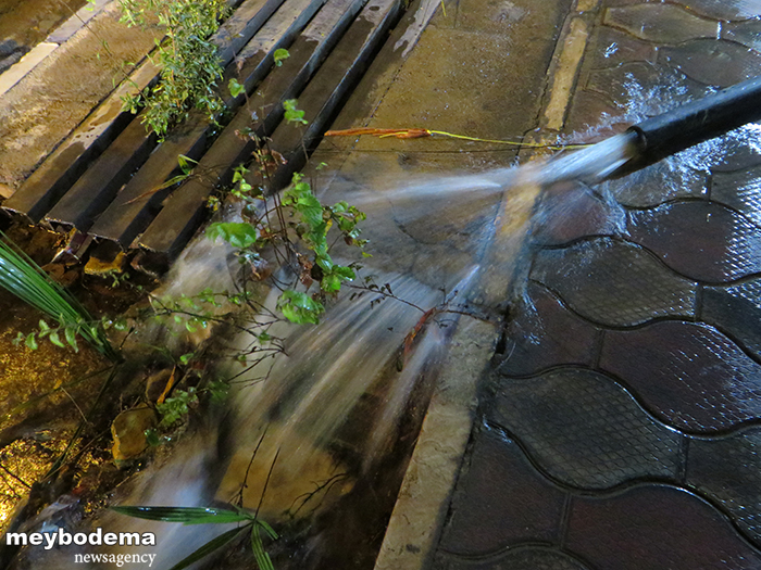 """بالا آمدن آب در قنات خشک شدهی """"کرنان"""" و معضلی که ممکن است به فاجعه ختم شود/ مسئولین با جدیت رسیدگی کنند"""