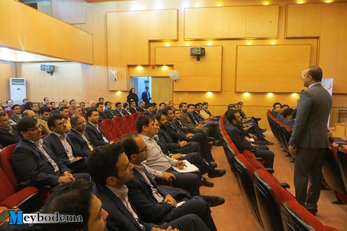 برگزاری همایش روانشناسی مدیریت مجموعه های اداری و خصوصی با حضور مهندس نیما کیمیایی در میبد