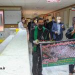 گزارش تصویری از پخش هزار بسته غذای نذری در بیمارستان امام صادق(ع)