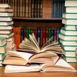 اهدای ۲۳۰ جلد کتاب به مدرسه مهاجرین افغانستانی میبد به مناسبت آغاز هفته وحدت و همزمانی با هفته کتاب