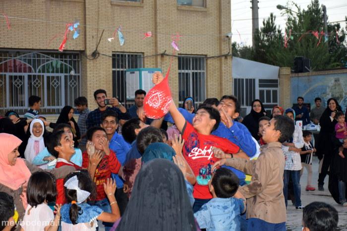 گزارش تصویری از اجرای برنامه های شاد در فیروزآباد