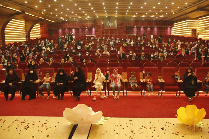 برگزاری جشن تکلیف سیاسی دختران رأیاولی میبدی+ تصاویر