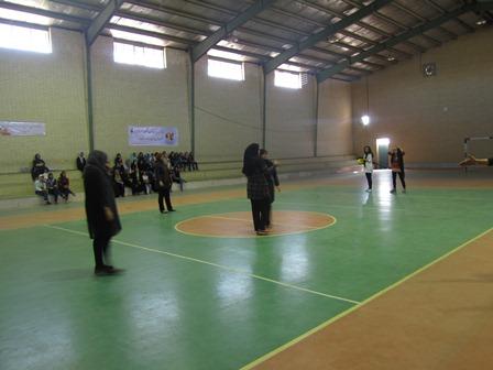 تصاویر/ برگزاری مسابقات داژبالباشگاهیبانوان در میبد